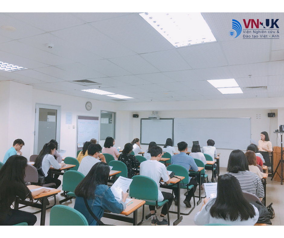 Buổi giao lưu tân sinh viên 2018 của VNUK